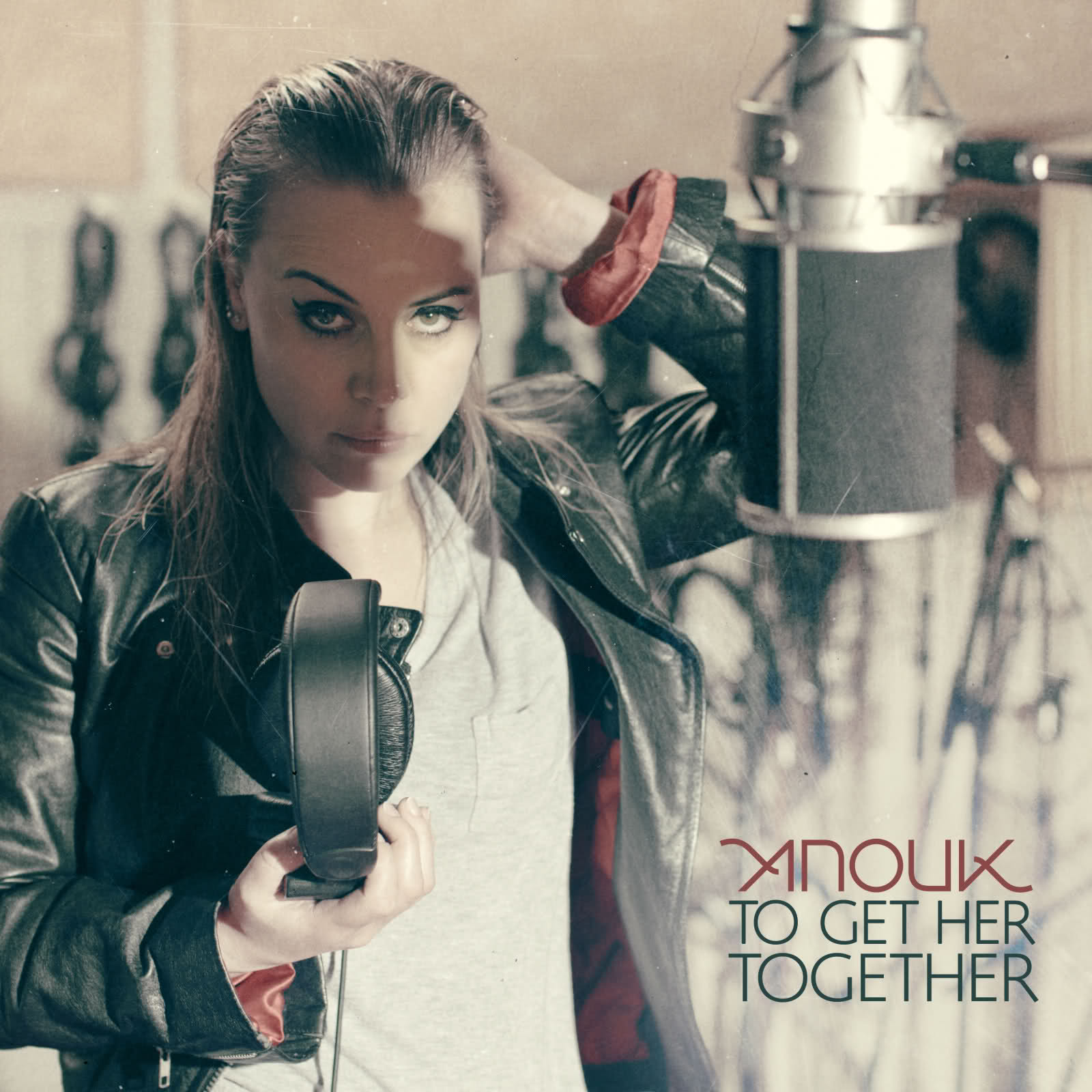anouk to get her together